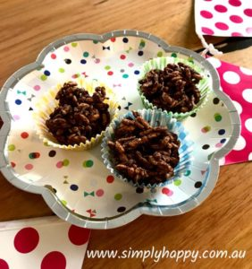 Additive Free - Chocolate Crackle with a twist | Additive free, Chocolate Crackle are a healthy treat your kids will love. | https://www.simplyhappy.com.au//additive-free-chocolate-crackle/ ‎